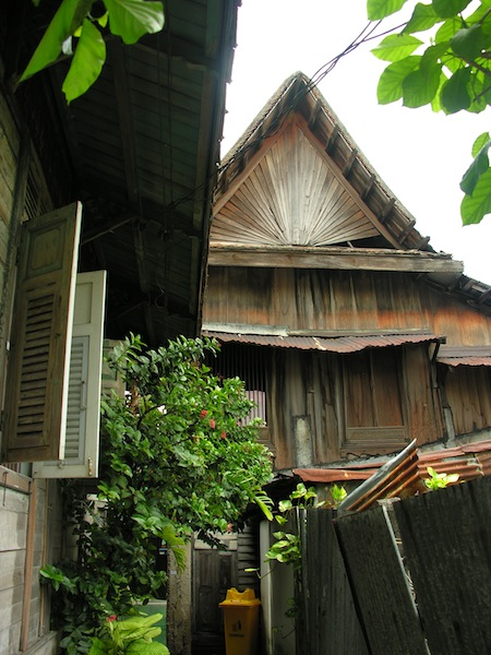 A typical shot from Soi Kudee Jeen.