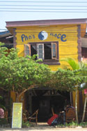 Pan's Place Guest House and Cafe