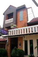 Baan Thonglor Guesthouse